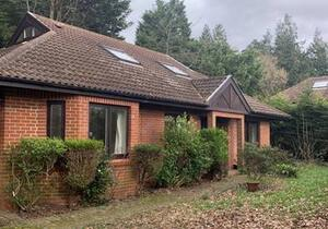 chalet bungalow in pinner